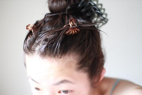DHCヘアカラートリートメントを塗布した髪の毛