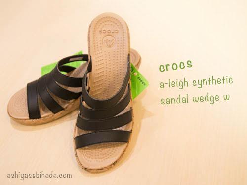 crocs-a-leigh-synthetic-sandal-wedge-3