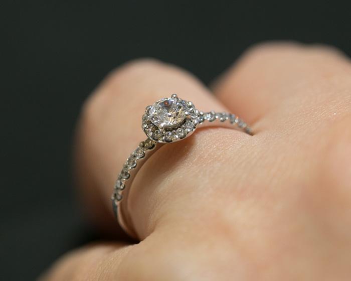 brilliance-engagement-ring2-11