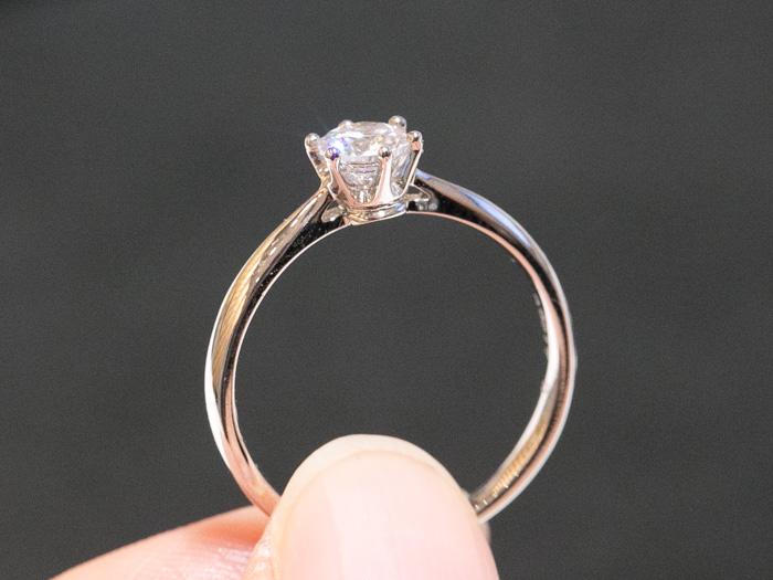 婚約指輪ソリティア 0.3ct