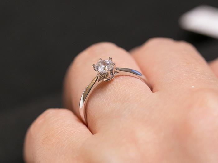 brilliance-engagement-ring3-2