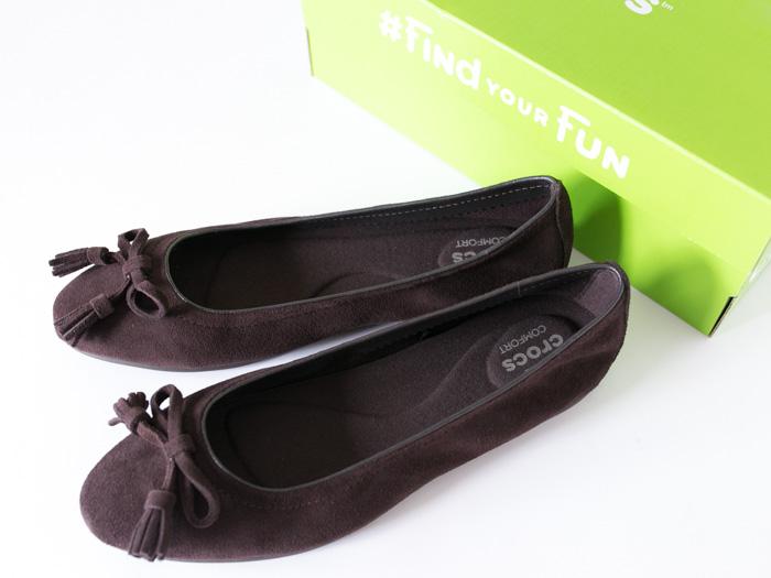 crocs-lina-embellished-suede1-3