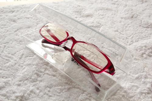 jins pc用眼鏡、ケースと一緒に