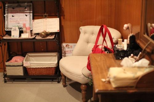 エステサロン プルマージュ 椅子やドレッサー