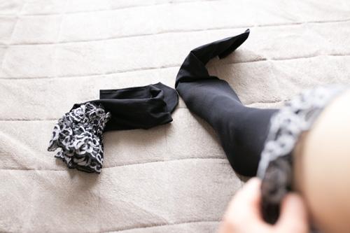 garter-tights-4