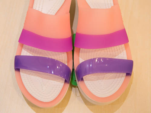 crocs-colorblock-wedge-11