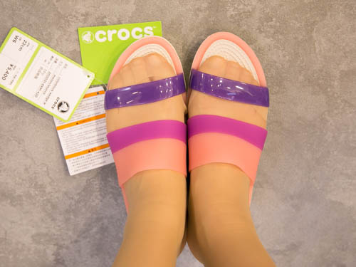 crocs-colorblock-wedge-2