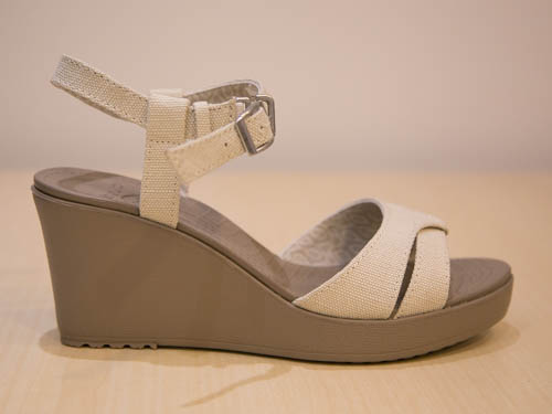 crocs-leigh-sandal-wedge-7