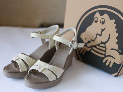 crocs-sandal1-3