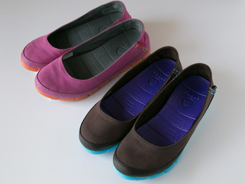 crocs-stretch-sole-flat-11