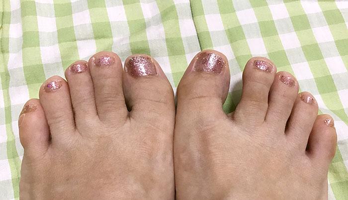 dhcボディバランスリング付けた後の足指