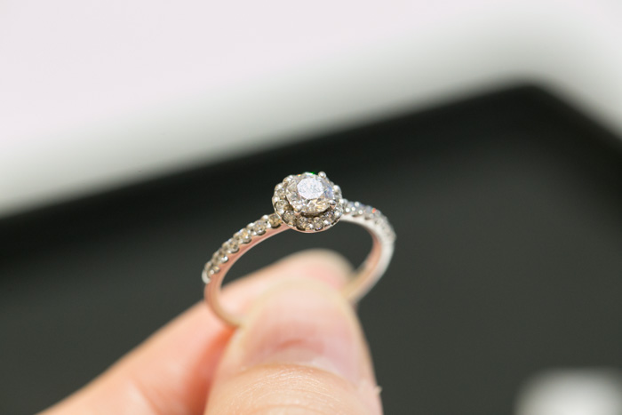 brilliance-engagement-ring2-10
