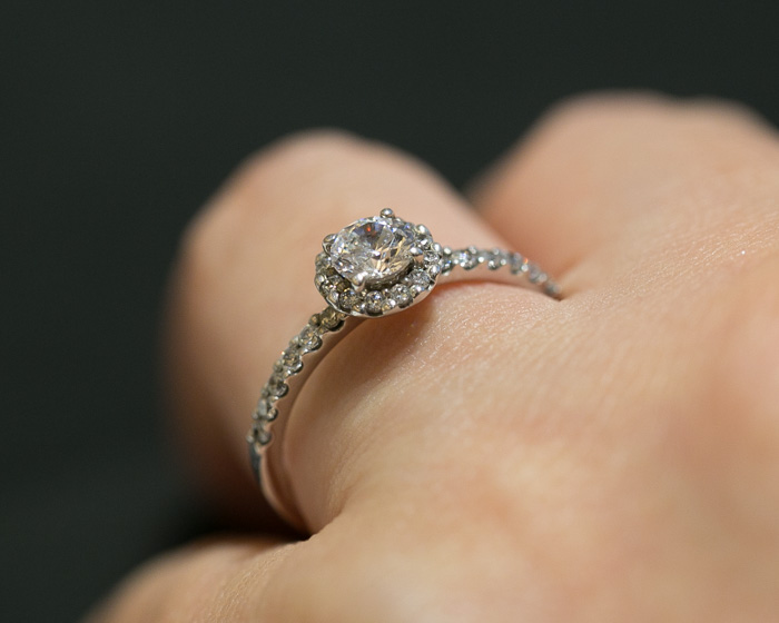 brilliance-engagement-ring2-11